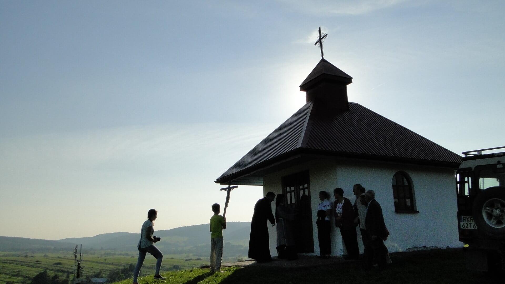 Jaśliskie kapliczki naŁamańcach inaWierzchgórze 2
