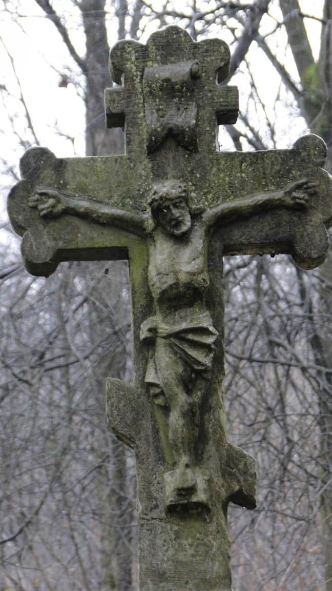 Dzień Zaduszny nastarym, łemkowskim cmentarzu wLipowcu... 5