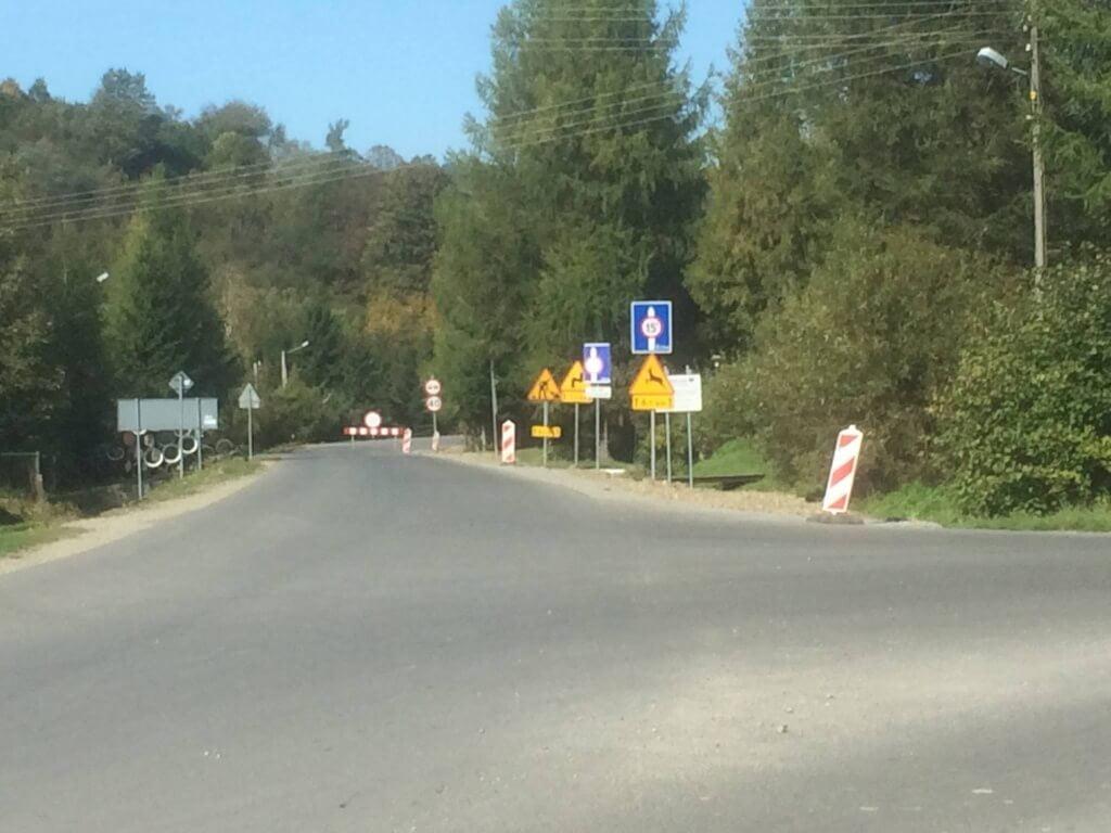 Droga Tylawa - Jaśliska zamknięta wpaździerniku!