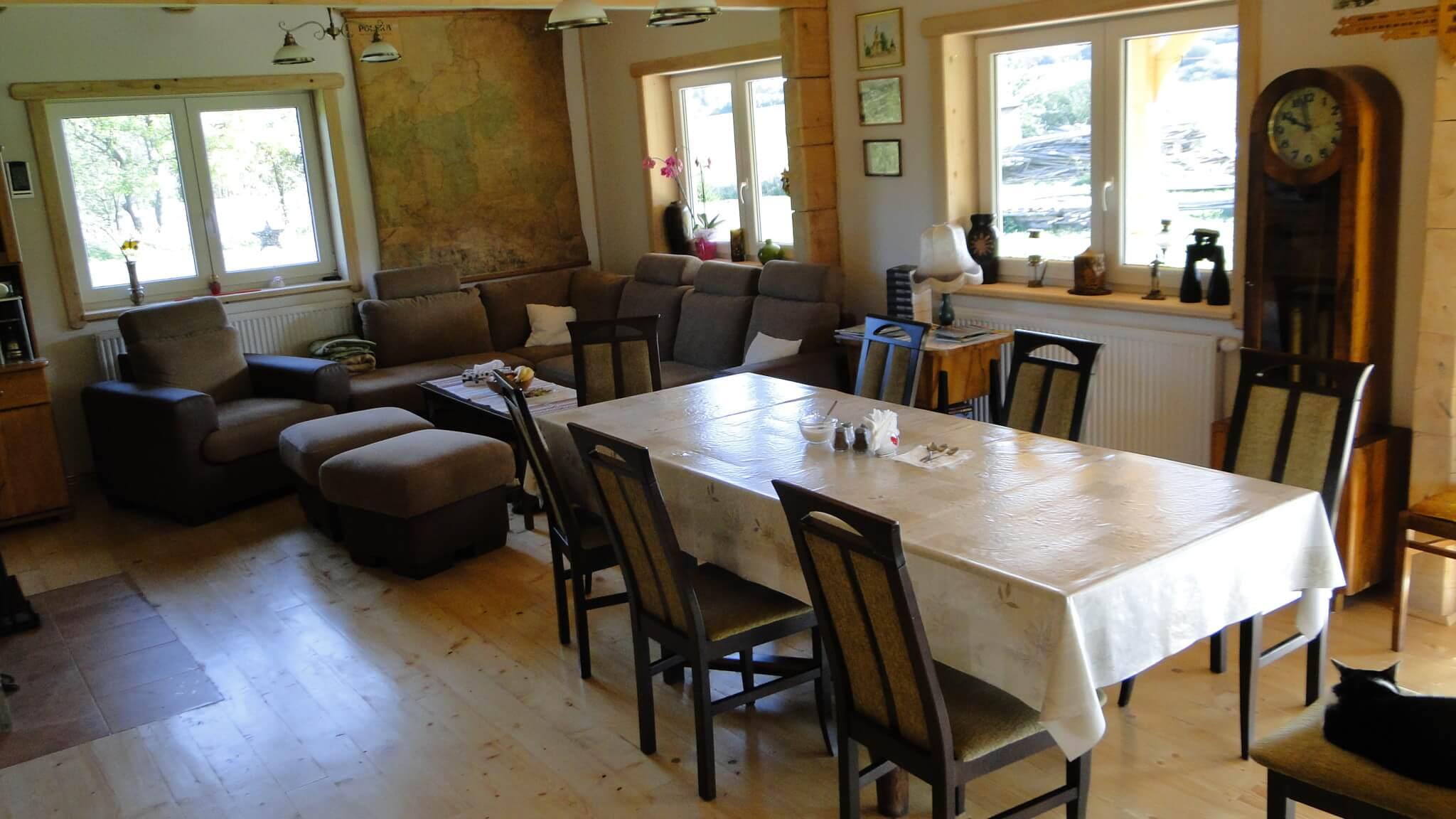 Zmiany w saloniku gościnnym 1