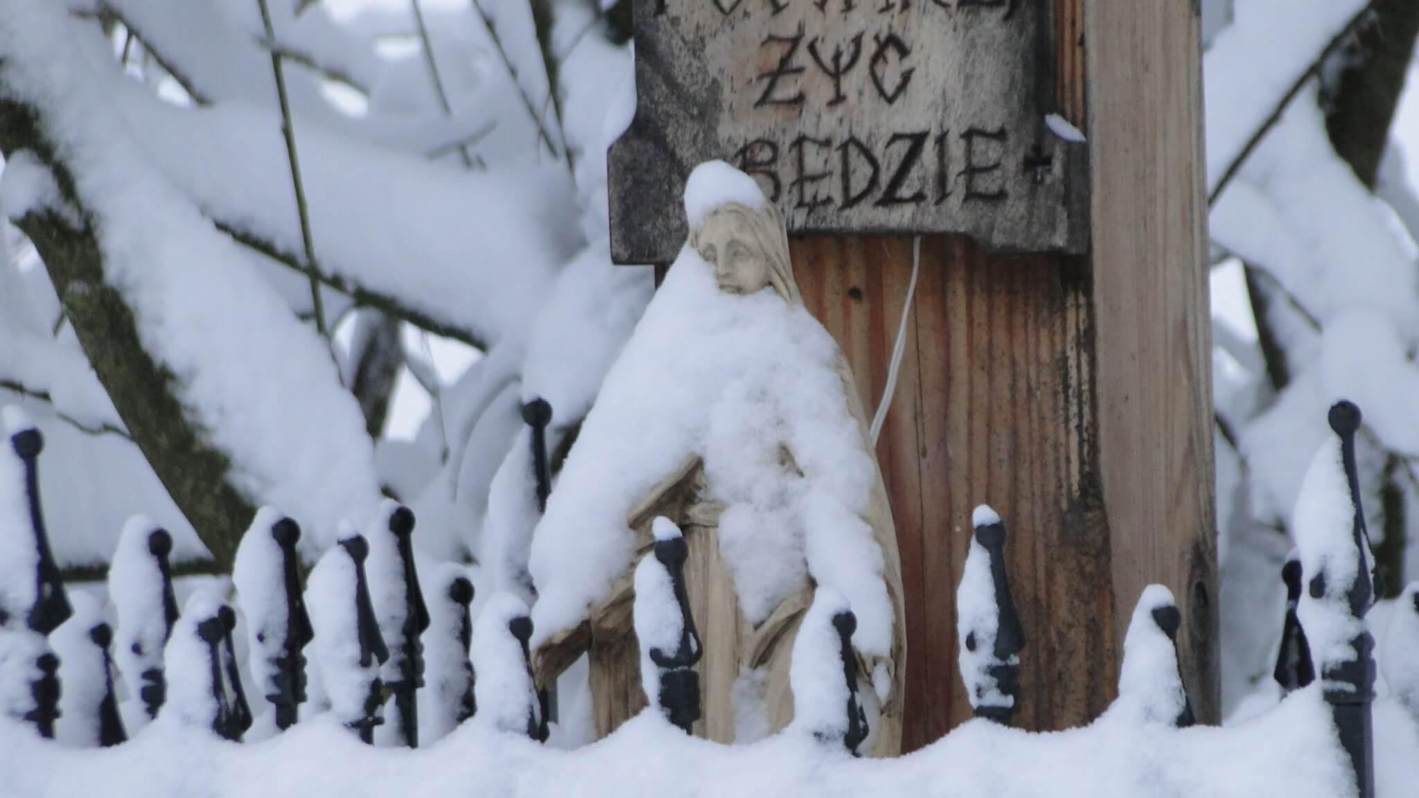 Lutowa zima - śnieżna imroźna 2