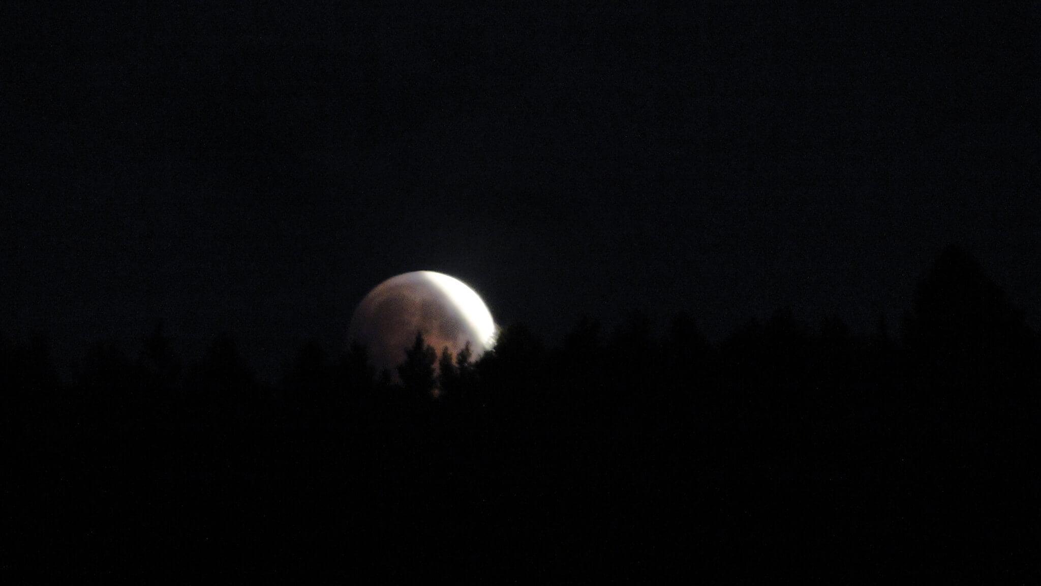 Zaćmienie księżyca widziane zGutkowej Koliby 1
