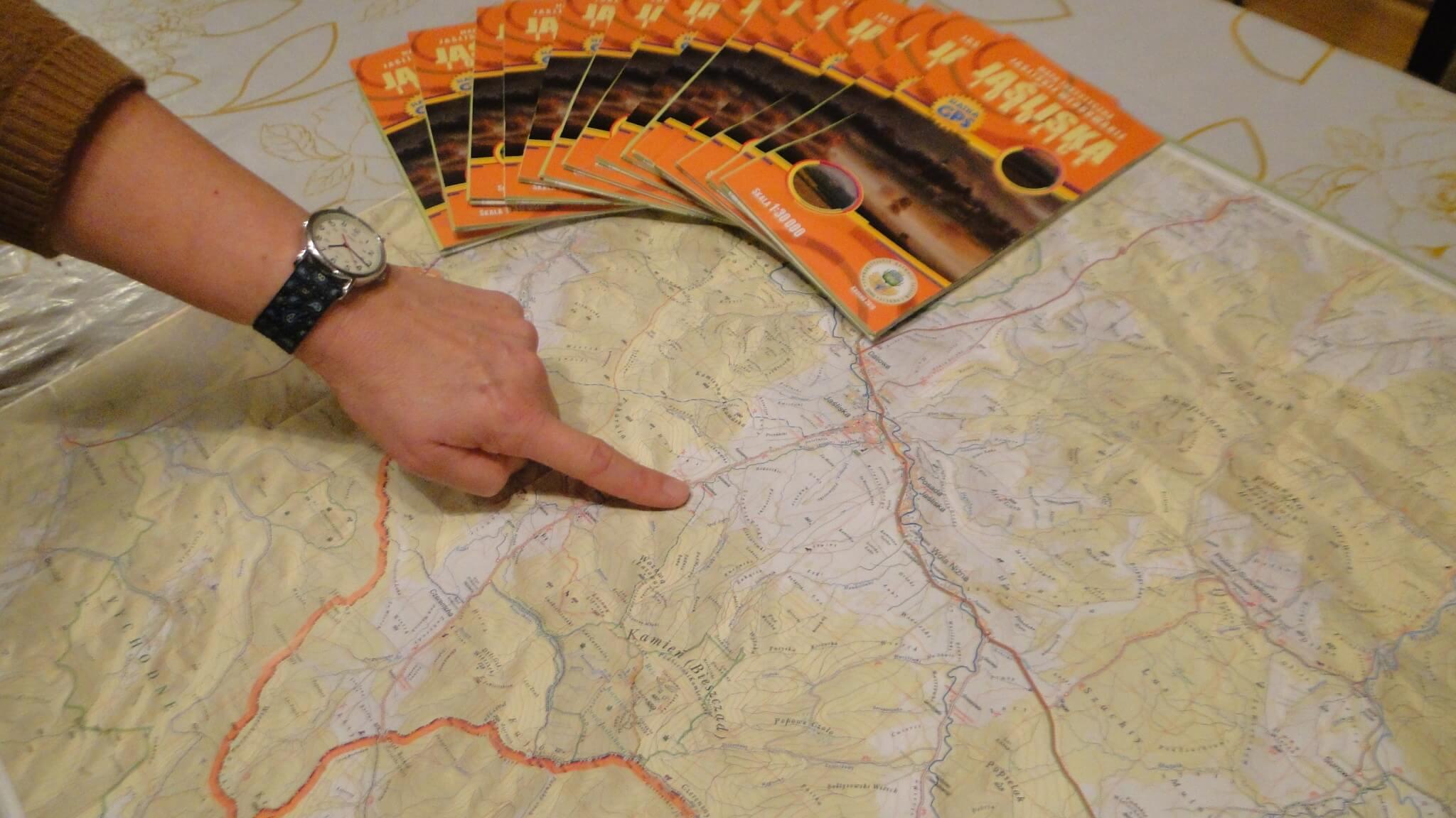"""Nowa mapa """"Jaśliska iokolice"""" wskali 1:30000 1"""