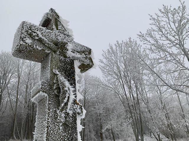 Zimowy krzyż zCzeremchy